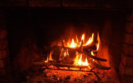 yule_fire_2013_1671